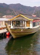 河口湖の屋形船